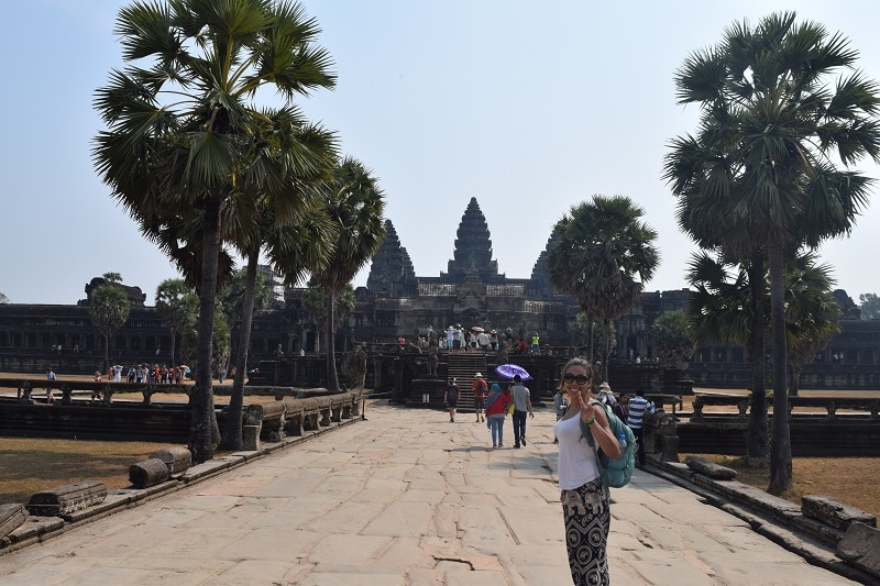 3 large spires at angkor wat