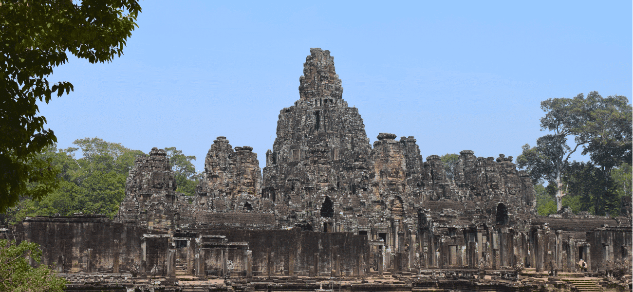 Angkor Wat temples - Backpacking Cambodia