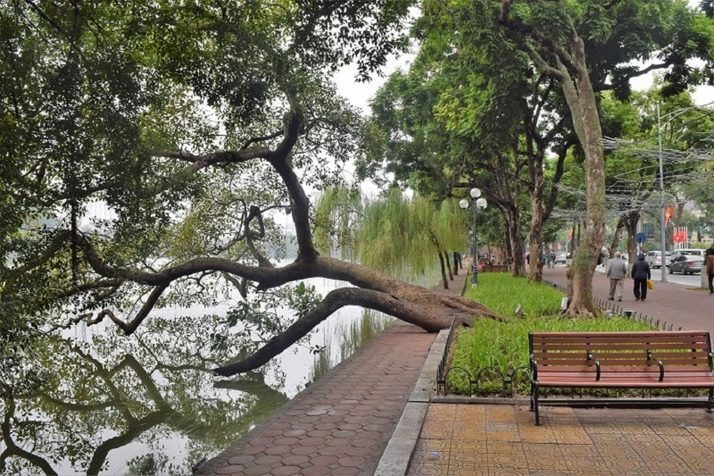 Hoam Kiem Lake Hanoi Backpacker's Guide to Vietnam