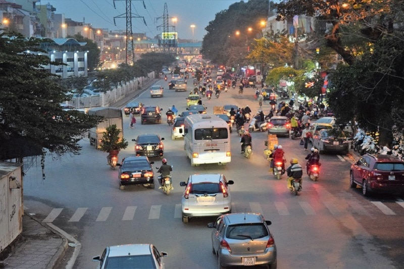 Lots of traffic in Vietnam Backpacker's Guide to Vietnam