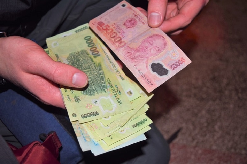 Vietnamese Dong Currency Backpacker's Guide to Vietnam