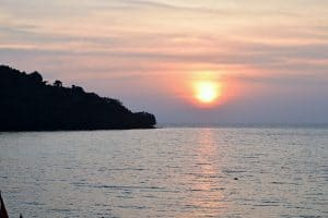 A sunset into a cambodian bay
