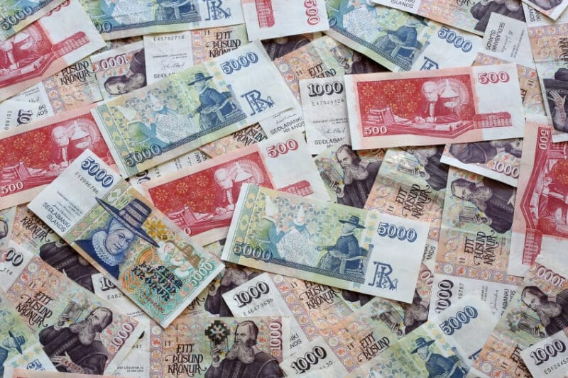 A pile of Icelandic notes