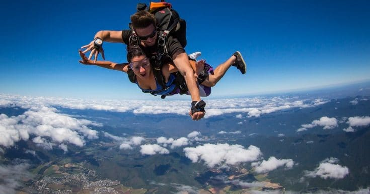 Cairns: Tandem Skydive from 15,000 Feet